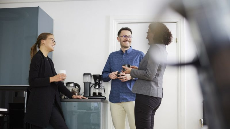Passive-aggressive note about tea-making etiquette spotted in office kitchen